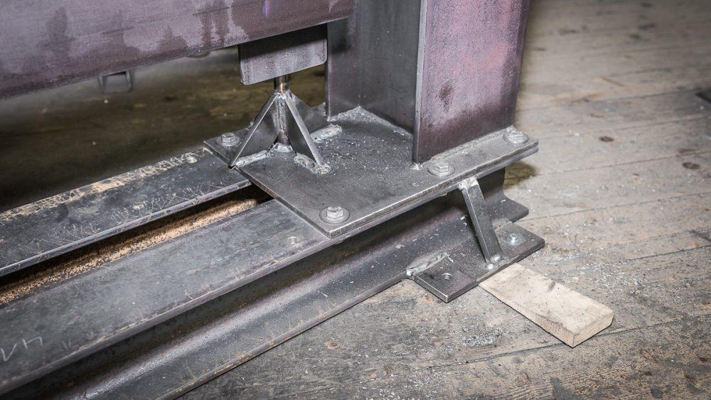 16_Tor_Einfahrt_modern_Dachau_Kunstschmiede_Eisen